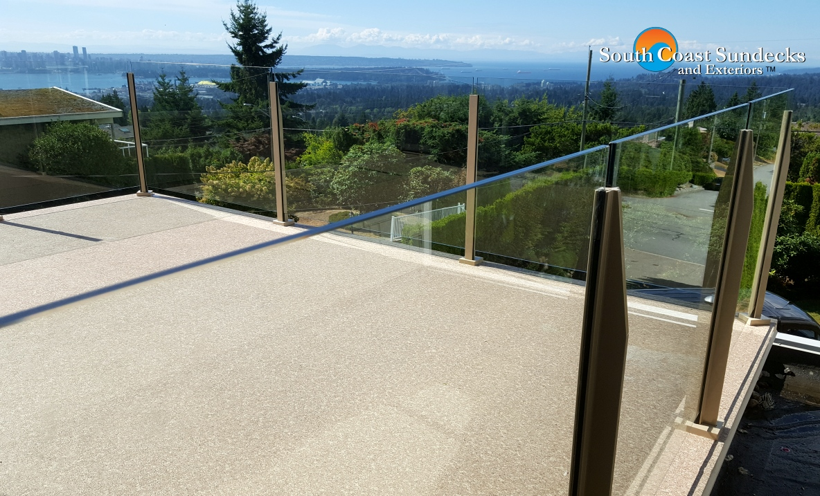 Featured Aggregate Changed To Vinyl Decking Glass Deck